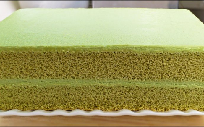 KitchenTigress: Matcha Cake