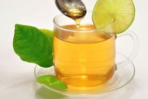 Weight loss tips with lemon and green tea